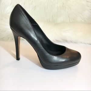 Aldo almond toe leather pumps